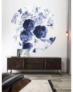 Behangcirkel Royal Blue Flowers van KEK Amsterdam