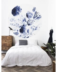 Behangcirkel Royal Blue Flowers blauw van KEK Amsterdam