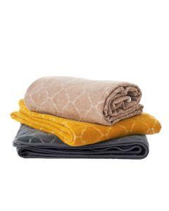 Hjördis chenille deken van Klippan