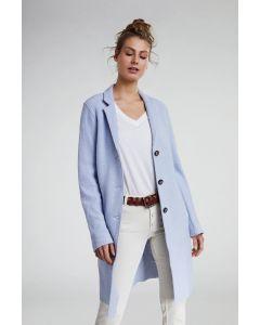 O-lijn jas in woolblend lichtblauw van OUI