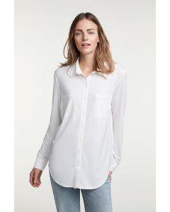 Soepelvallende witte blouse van OUI